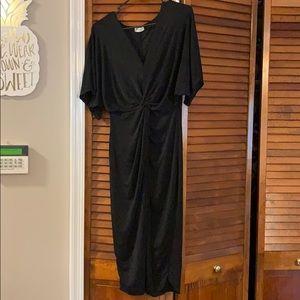 Fashion Nova - Full Grown Knot Dress